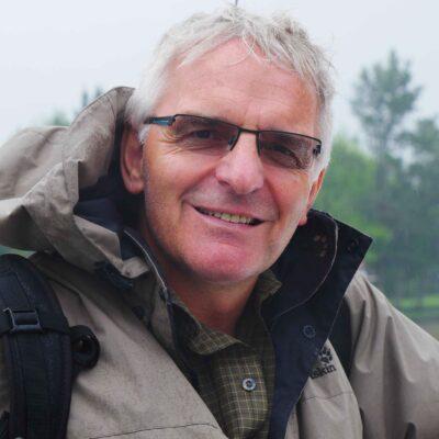 Dr. Uwe Junker