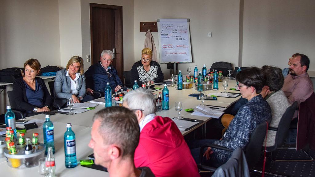 Diskussion beim VDRJ Regiotreffen Mitte © Rüdiger Edelmann