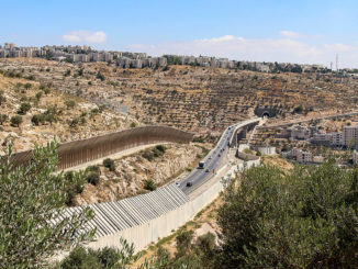 Besatzungsmauer durch Bethlehem (Foto: Dagmar Gehm)