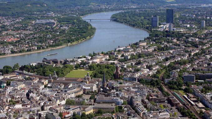 Panoramablick auf die Bundesstadt Bonn; Foto: Presseamt der Stadt Bonn/Martin Sondermann