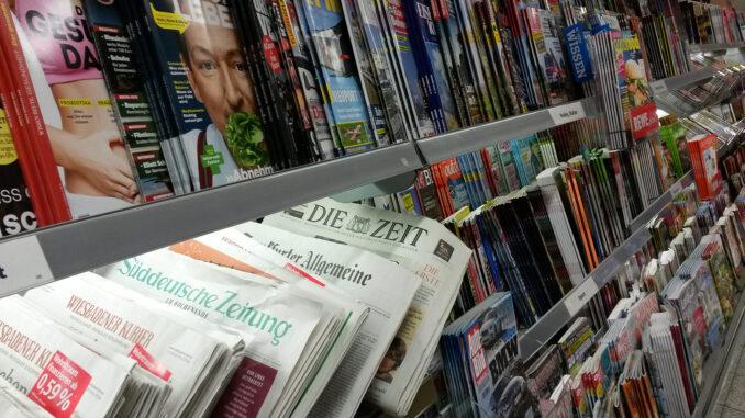 Zeitungen und Magazine am Kiosk; Foto: Sonja Sahmer