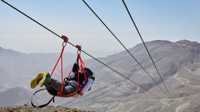 Zipline Jebel Jais_ (C) Ras Al Khaimah Tourism Development Authority