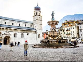Valle dell'Adige - Trento - Piazza Duomo (Foto: Roberto Bragotto )
