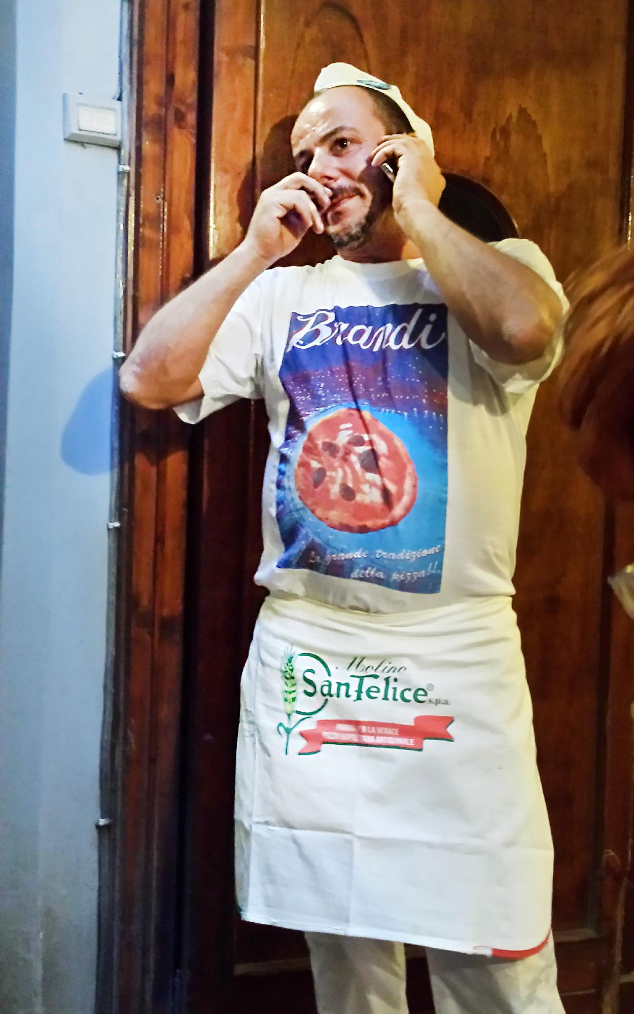 Pizzabäcker Neapel (Foto: Uwe Krist)