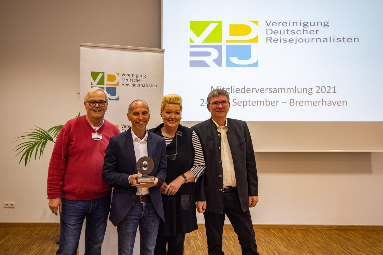 vdrj hv 2021_ehrenpreis übergabe_holger leue